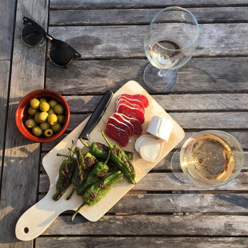 Samen Bourgondisch: Tapas & Vinos in de zon