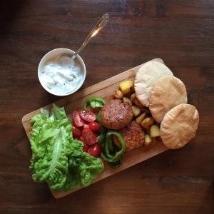 Samen Bourgondisch: Kipburger met tzatziki