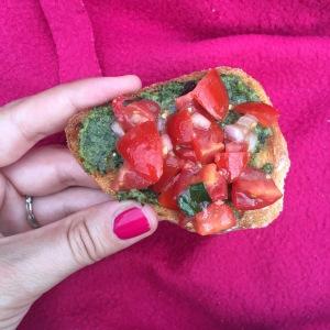 Samen Bourgondisch: Bruschetta met tomaat en pesto