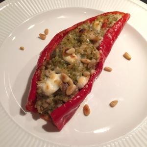 Gevulde paprika met kip-pesto