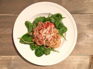 Spaghetti met boerenworst en roomsaus