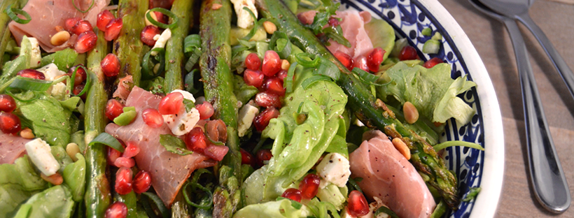 Salade met groene asperges en coburger ham