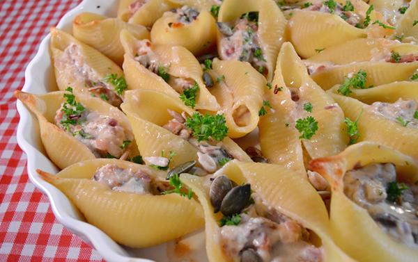 Pastaschelpen met ricotta, champignons & truffel