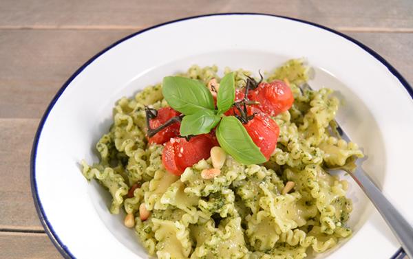 Eenvoudig recept voor pasta pesto