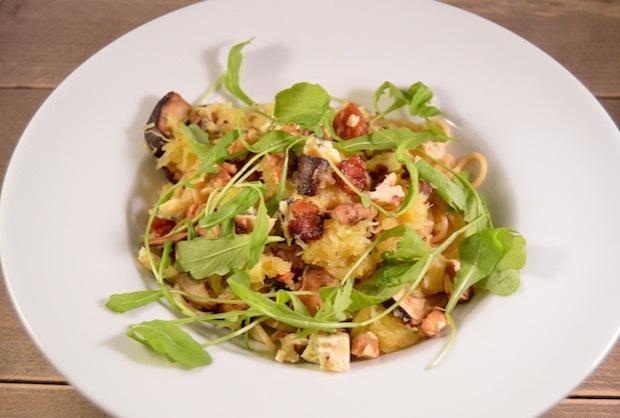 Spaghettipompoen met champignons & blue stilton