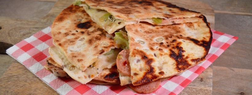 Snelle snack: Quesadilla's met kip cervelaat