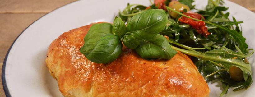 Poulet en croute met zongedroogde tomaten | foodblogswap