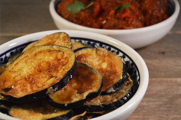Tapas: Gebakken aubergines met siroop